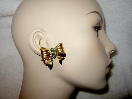 Other Bow Clip Earrings Gold Plated Green Crystals Vintage Signed --Superb! Image 7