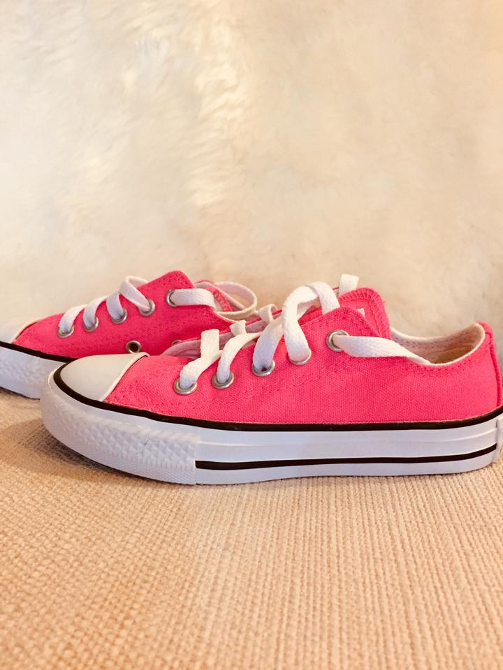Converse Neon Pink Girls All star Low Top Sneakers Size US 11 ... 413f07beb