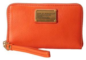 Marc by Marc Jacobs Classic Q Wristlet in Spiced Orange