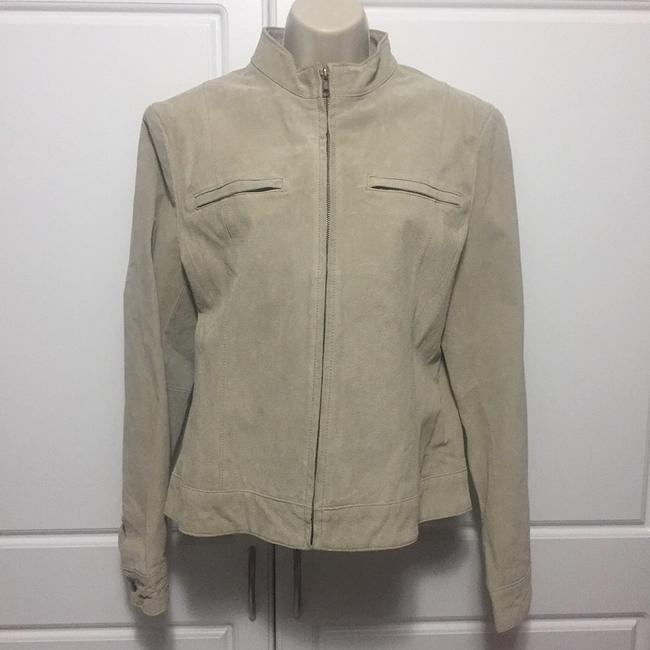 Preload https://img-static.tradesy.com/item/22381477/uniform-john-paul-richard-beige-suede-leather-jacket-size-10-m-0-0-650-650.jpg