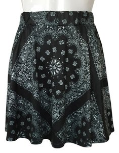 Black Paisley Mini Skirt Black, White