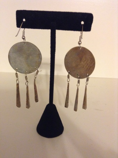 Accessory Lady Antique Silver Dangle Earrings