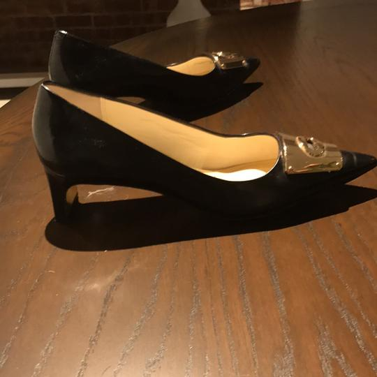 Coach black with a gold bow Pumps Image 4