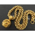 Chanel Chanel vintage coco chain necklace Image 1