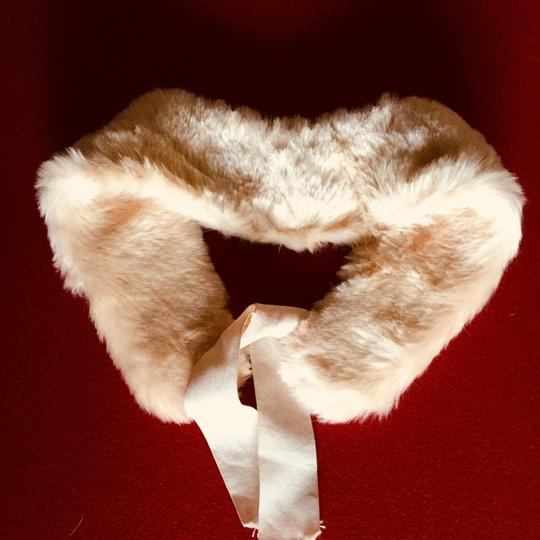 Other New Faux Fur Collar Cream Ivory lace tie Image 7