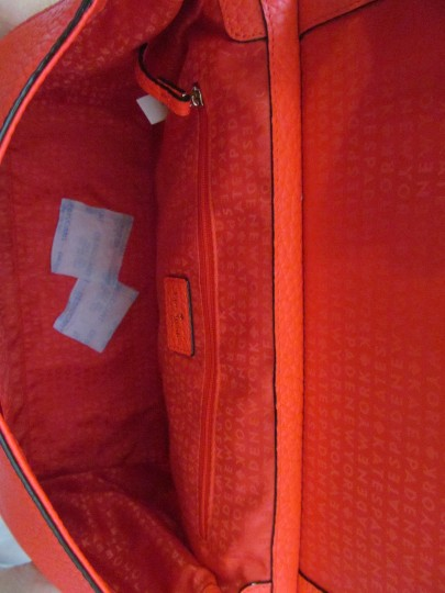 Kate Spade New With Tag Satchel in reddish/ crabred/ bright red Image 3