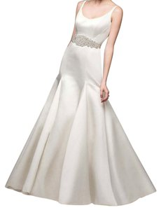 David's Bridal Ivory Satin Trumpet with Button Back Detail Feminine Wedding Dress Size 4 (S)