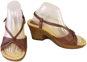 Dansko Woman Naomi Style brown Sandals