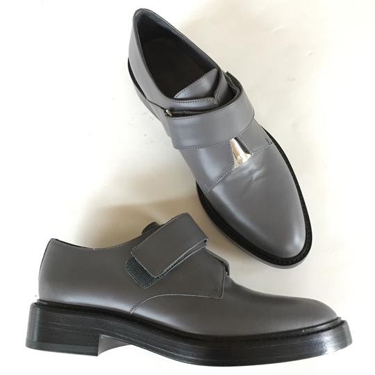 Preload https://img-static.tradesy.com/item/22384346/vince-gray-black-silver-velcro-oxford-flats-size-us-7-regular-m-b-0-0-540-540.jpg