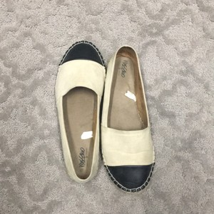 Mossimo Supply Co. cream and black Flats