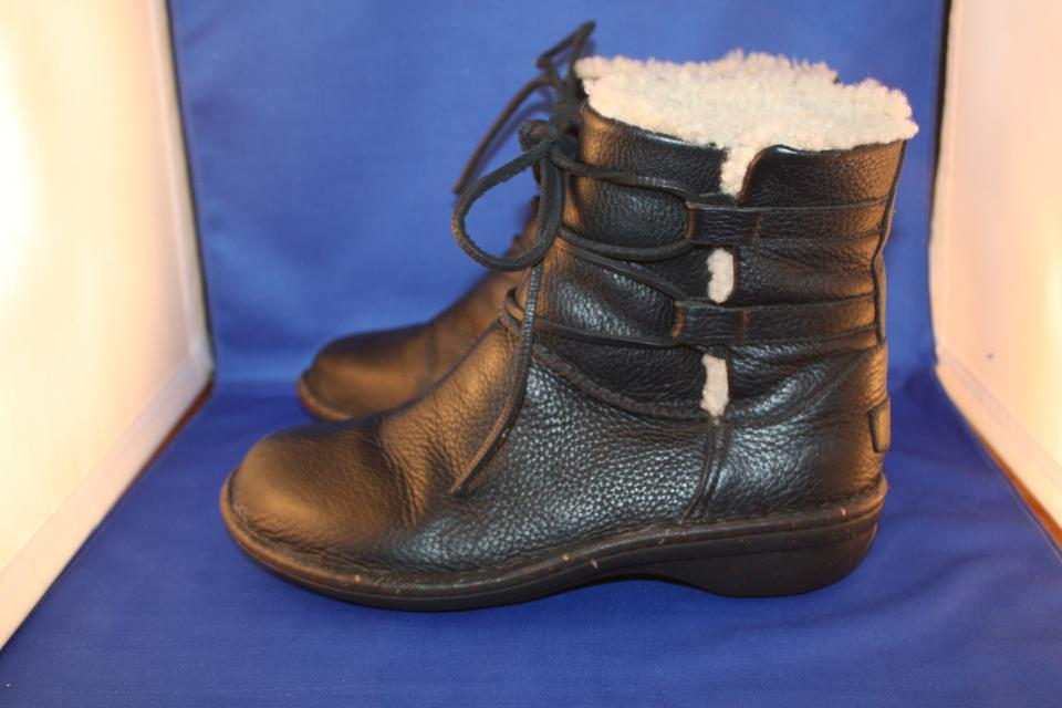 19720db00ad UGG Australia Black Caspia Sheepskin Lined Lace Up Ankle Boots/Booties Size  US 8 Regular (M, B) 57% off retail