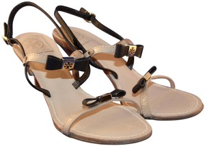 Tory Burch Leather Bow Patent Leather Kailey Slingback black and tan Sandals