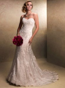 Maggie Sottero Cream Tulle Emma Gown Traditional Wedding Dress Size 16 (XL, Plus 0x)