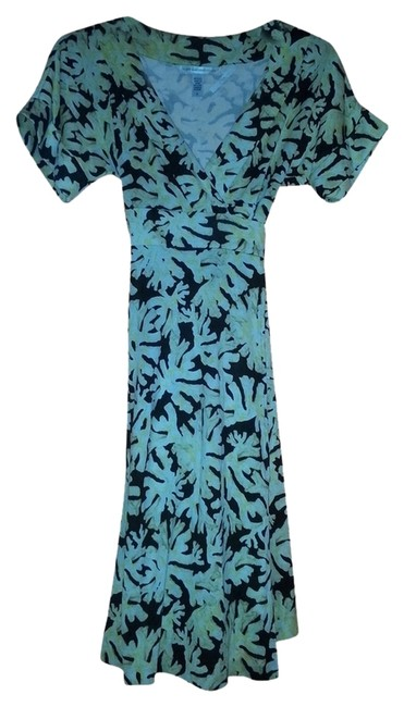 Preload https://item2.tradesy.com/images/diane-von-furstenberg-leaf-print-rare-wrap-dvf-knee-length-casual-maxi-dress-size-6-s-2238721-0-0.jpg?width=400&height=650