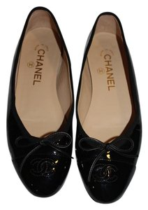 Chanel Cap Toe Ballet Cc Logo Patent Leather Bow Tie Black Flats