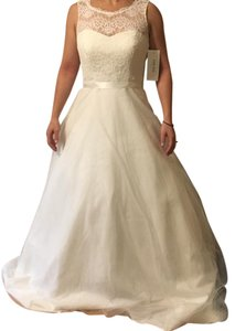 David's Bridal Ivory Lace with Tulle Skirt Vintage Wedding Dress Size 6 (S)