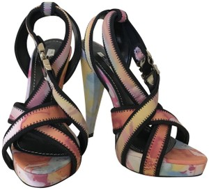 Report Signature Platform Edgy Multi Sandals