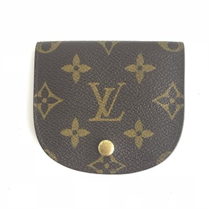 Louis Vuitton Monogram Round coin holder