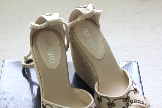 Colin Stuart New Sandals Natural - cream with brown stitchings Wedges