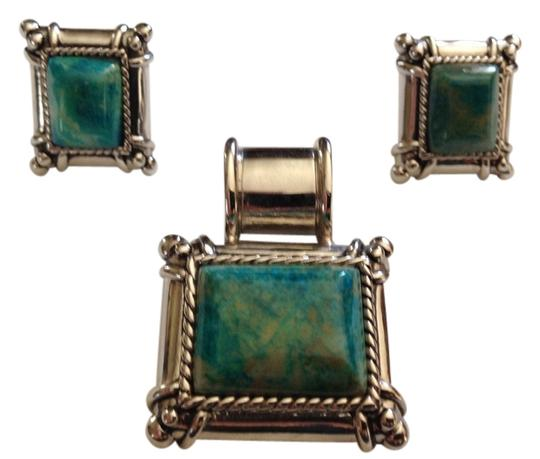 Preload https://item4.tradesy.com/images/silver-and-turquoise-necklace-pendent-set-earrings-2239858-0-0.jpg?width=440&height=440
