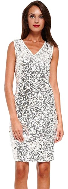 Item - White/ Silver Sequins Bodycon Madrid Spain S 38 New Mid-length Cocktail Dress Size 4 (S)