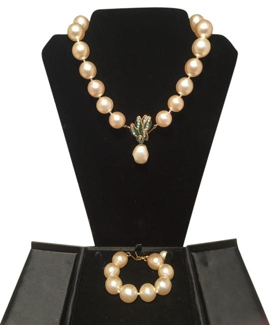 Chanel Pearl Box And Bracelet Set With Necklace Chanel Pearl Box And Bracelet Set With Necklace Image 1