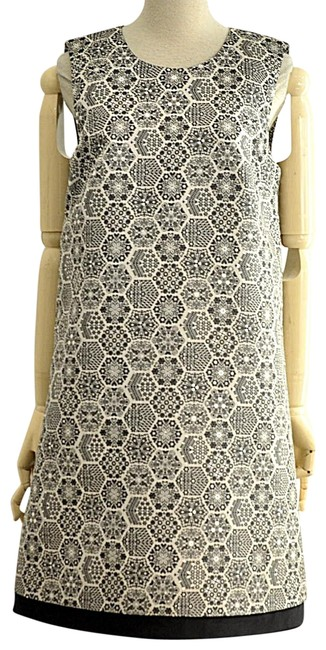 Item - Silver Pattern A Line Mid-length Short Casual Dress Size 8 (M)