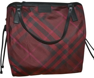 Burberry Purse Check Overnight Packable Tote in Burgundy