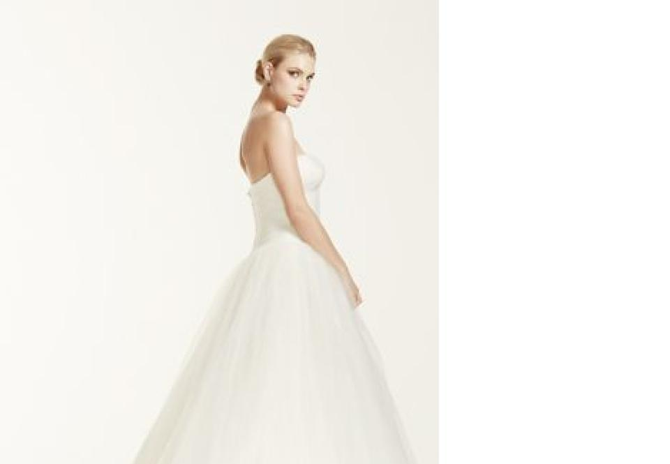 Ivory strapless tulle ball gown formal wedding dress size for Truly zac posen wedding dress with sequin detail