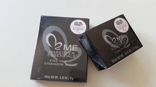 Makeover Essentials 2pcs Purse Petite Mini 0.41 OZ /11.6 g & Eyes Have It Shadow Basics 0.32 oz / 9 g New Sealed