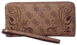 Guess Wallet Leather Brown Clutch