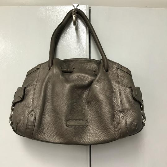 Preload https://img-static.tradesy.com/item/22401705/cole-haan-grey-leather-tote-0-0-540-540.jpg