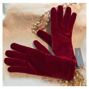 Apt. 9 Posh Red Gloves