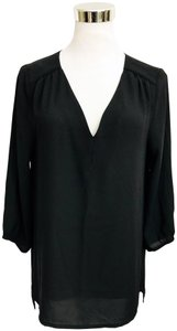H&M V Neck Hi Lo Hem 3/4 Sleeve V Neck Top Black