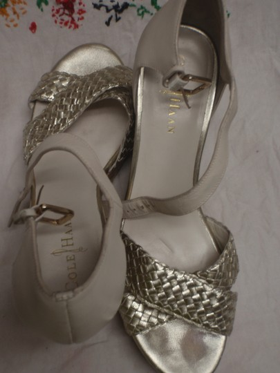 Cole Haan Sandal Wedge Size 9 1/2 Formal Platform off white / beige Pumps