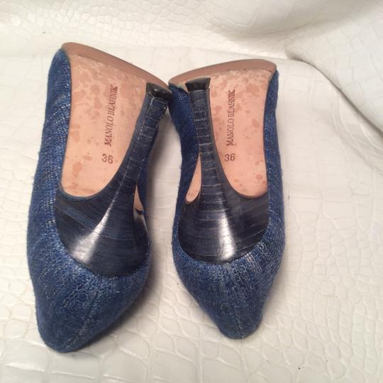 Manolo Blahnik blue Pumps Image 3