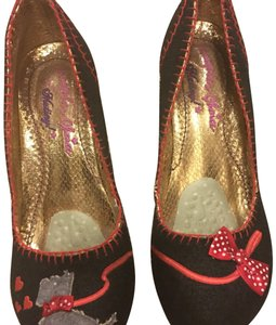 Irregular Choice black and red Pumps