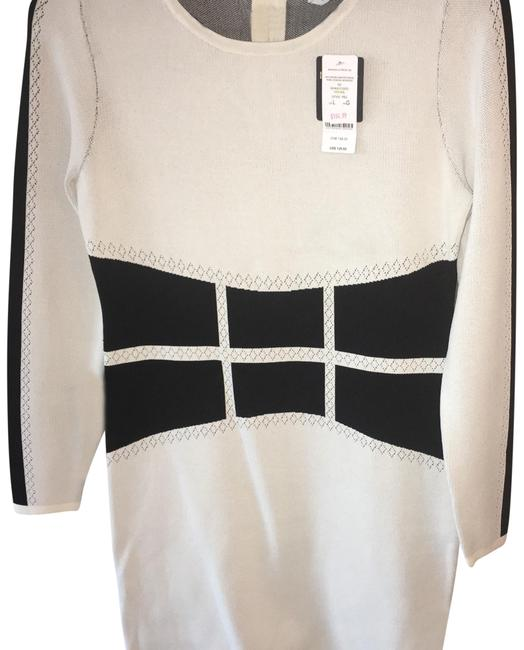 Preload https://img-static.tradesy.com/item/22405844/bebe-beige-and-white-mid-length-night-out-dress-size-8-m-0-9-650-650.jpg