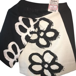 Desigual Mini Skirt black and white