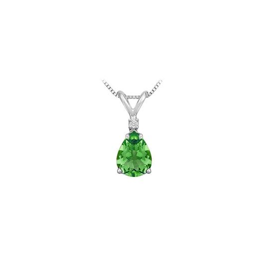 Preload https://img-static.tradesy.com/item/22406332/green-silver-cubic-zirconia-and-created-emerald-solitaire-pendant-925-sterling-necklace-0-1-540-540.jpg