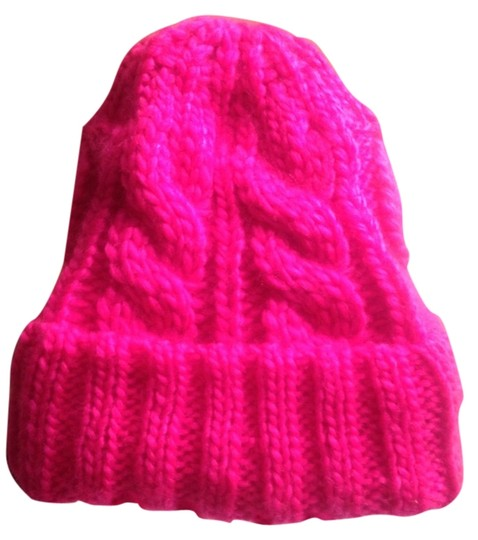 Preload https://item1.tradesy.com/images/unknown-pink-hat-2240790-0-0.jpg?width=440&height=440