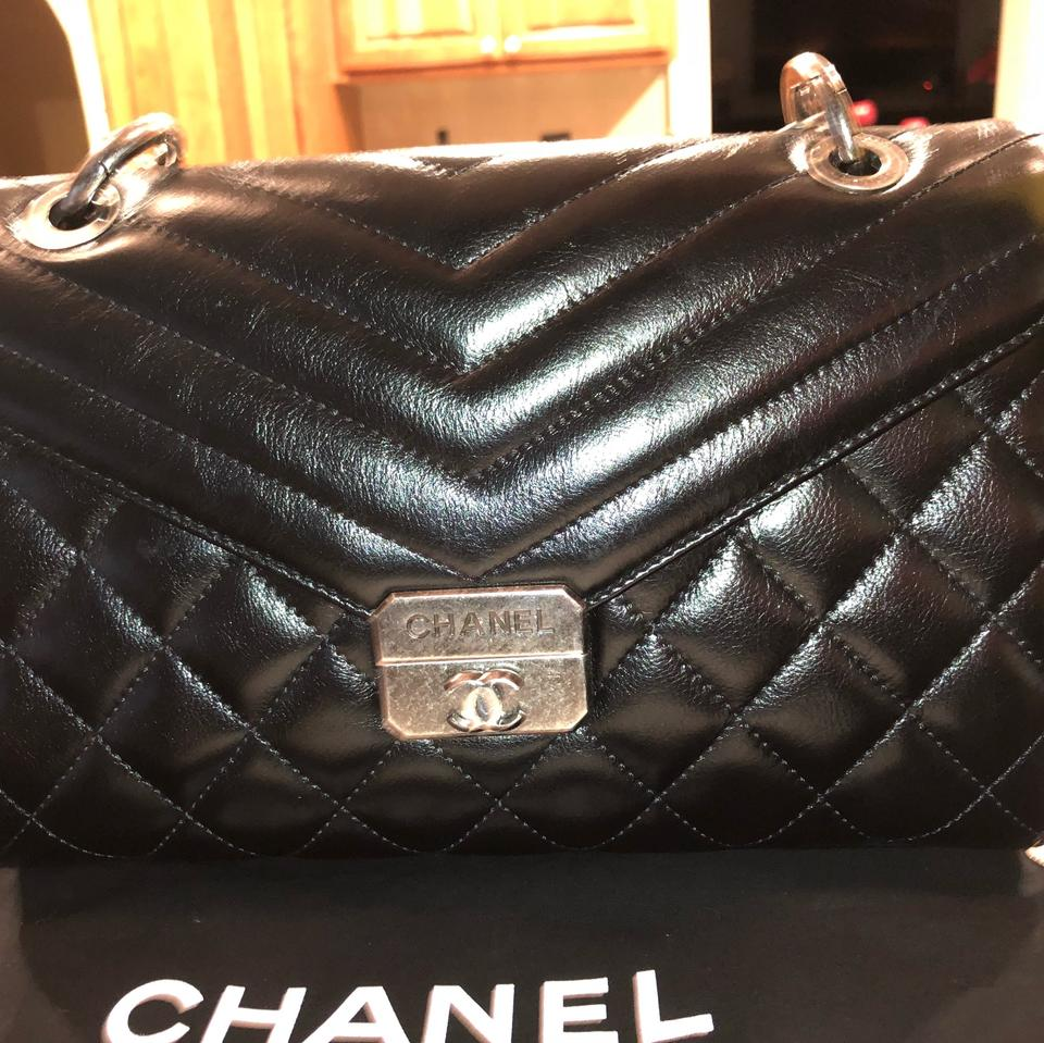 d7f48cda503588 Chanel Rare Quilted Flap Ruthenium Cross Body Strap Black Leather ...