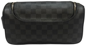 Louis Vuitton Toiletry pouch damier graphite. gently used