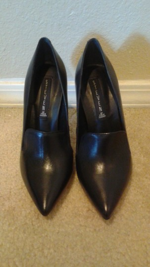 Steven by Steve Madden Black leather Pumps Image 2