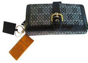 Gold Coast Black/Grey Clutch