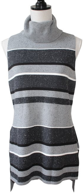 Preload https://img-static.tradesy.com/item/22409486/lou-and-grey-marbled-black-and-white-stripe-sweaterpullover-size-6-s-0-4-650-650.jpg