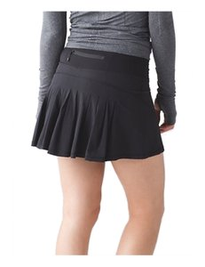 Lululemon Lululemon Circuit Breaker Skirt II Black Size 4