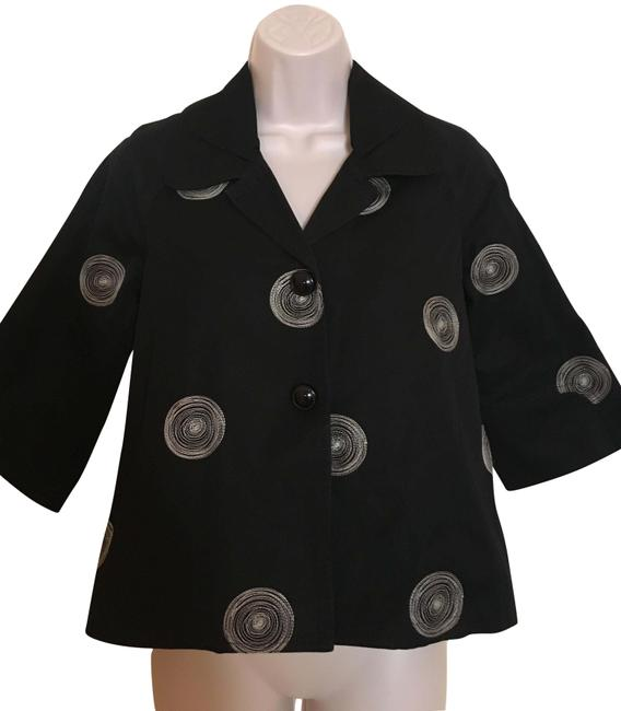 Preload https://img-static.tradesy.com/item/22409674/johnny-was-black-and-white-concentric-circles-jacket-size-0-xs-0-2-650-650.jpg