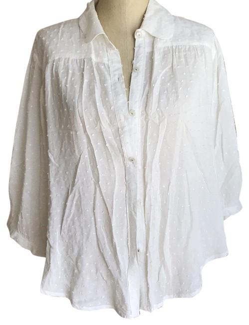Preload https://img-static.tradesy.com/item/22409914/free-people-winter-white-button-down-blouse-size-8-m-0-1-650-650.jpg