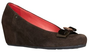 Pas de Rouge Brown Wedges